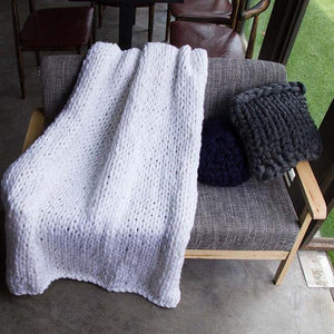Generously sized Super Soft Thick Wool Like Knitted Blanket 100% Anti-Pilling Thread-White-100x200cm-Distinct Designs (London) Ltd