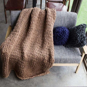 Generously sized Super Soft Thick Wool Like Knitted Blanket 100% Anti-Pilling Thread-Brown-100x200cm-Distinct Designs (London) Ltd