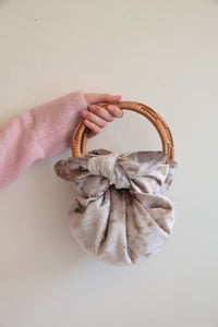 Dusty pink pouch by FONOTT