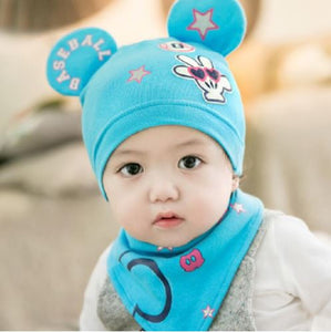 2 piece set Beanie with cute ears and Bib in Blue