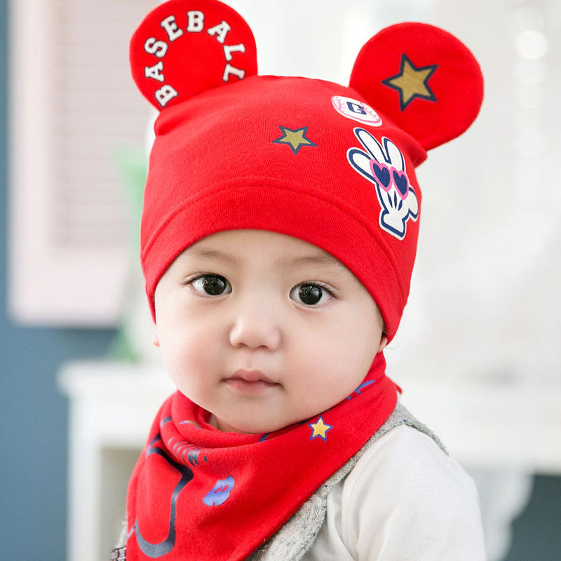 2 piece set Beanie with cute ears and Bib in Red