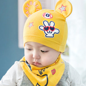 2 piece set Beanie with cute ears and Bib in Yellow