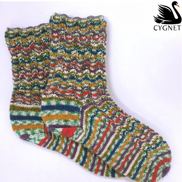 Truly Wool Rich 4 ply and Prints Mauve Stripe Socks