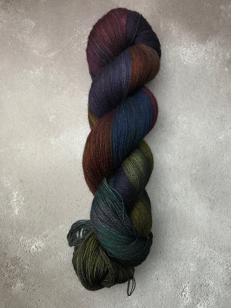 Gothbow Merino Lace