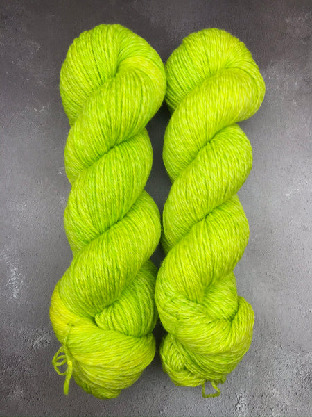 Oddball #157 Neon Lime Tweed 4Ply