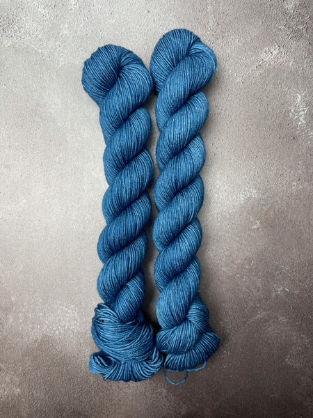 Oddball #199 Blue Merino Smooth Sock 50G