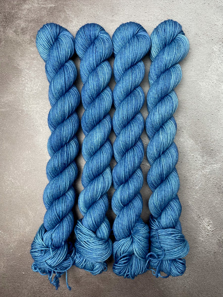 Oddball #225 Blue Tonal Merino Smooth Sock 50g