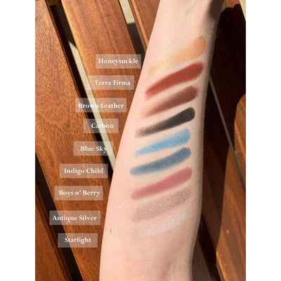 Go-For-Zero-Australia-Dirty-Hippie-Mineral-Eyeshadow-Shade-Hand