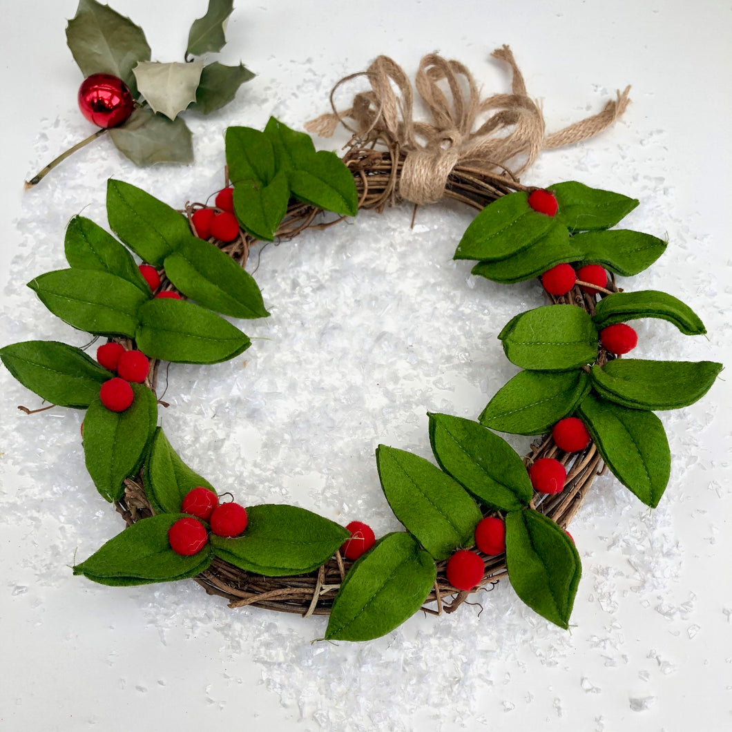 Felt Berry Indoor Wreath