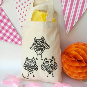 Owls Colour In Party Bag