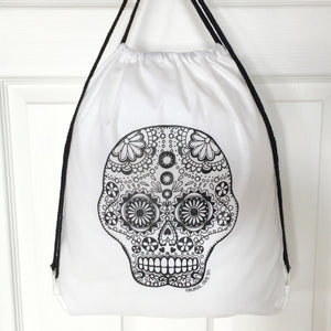 Colour Me In Skull Drawstring Bag