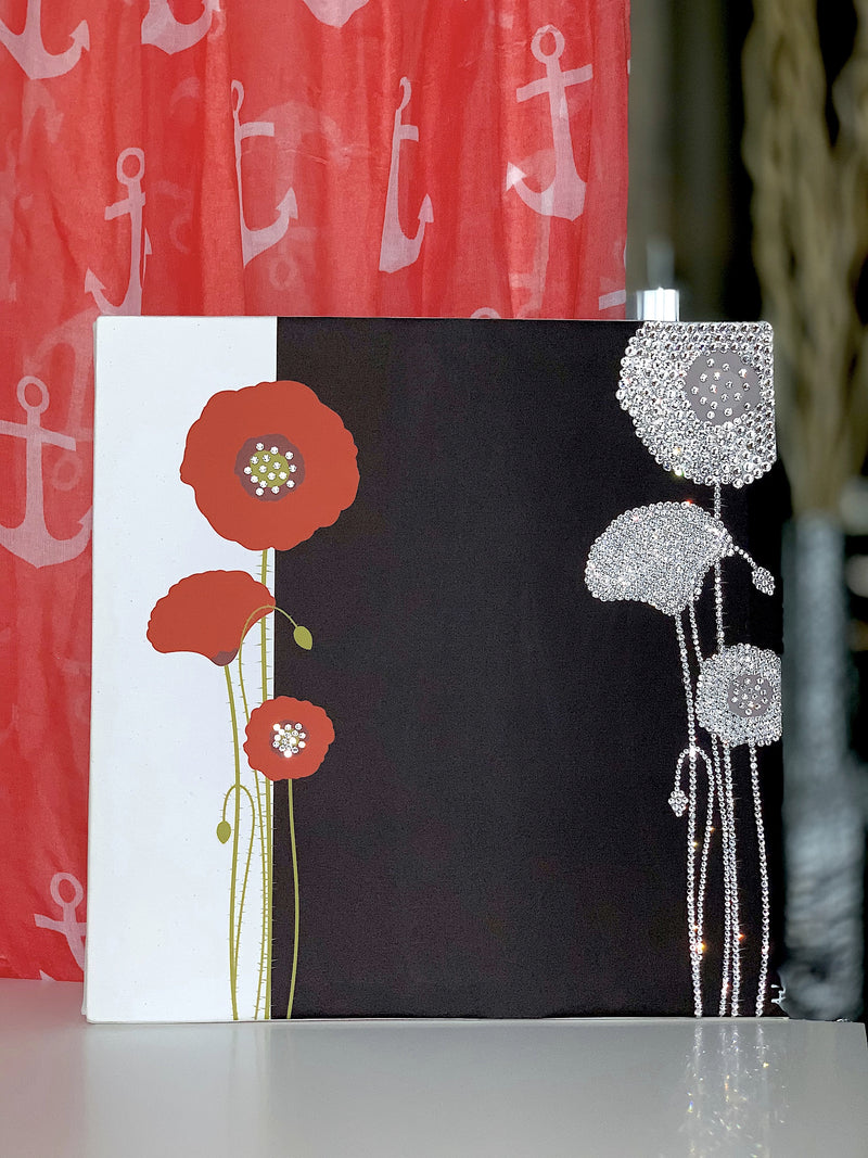 POPPY canvas on the designed mood table
