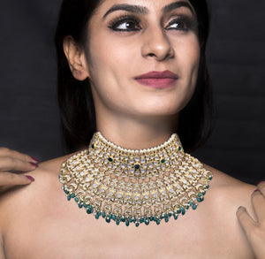 18k Gold and Diamond Polki two-layer Bridal Choker Necklace Set