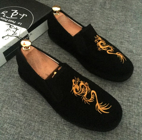 spring and summer casual men's casual shoes a pedal lazy hand-embroidered shoes .