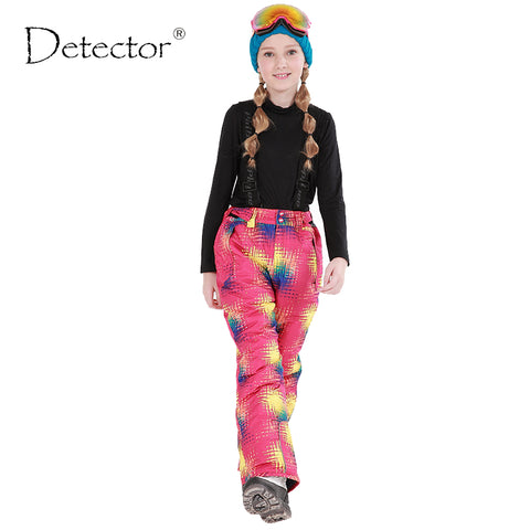 Detector Winter Girls