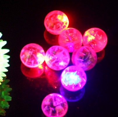 Free shipping Pet cat toy LED balls small animal rainbow ball playing toys for cat or