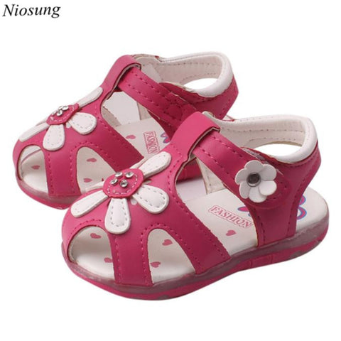 Toddler New Sunflower Girls Sandals Lighted Soft-Soled Princess Shoes Infant First Walkers