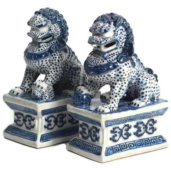 Mini Blue and White Foo Dogs