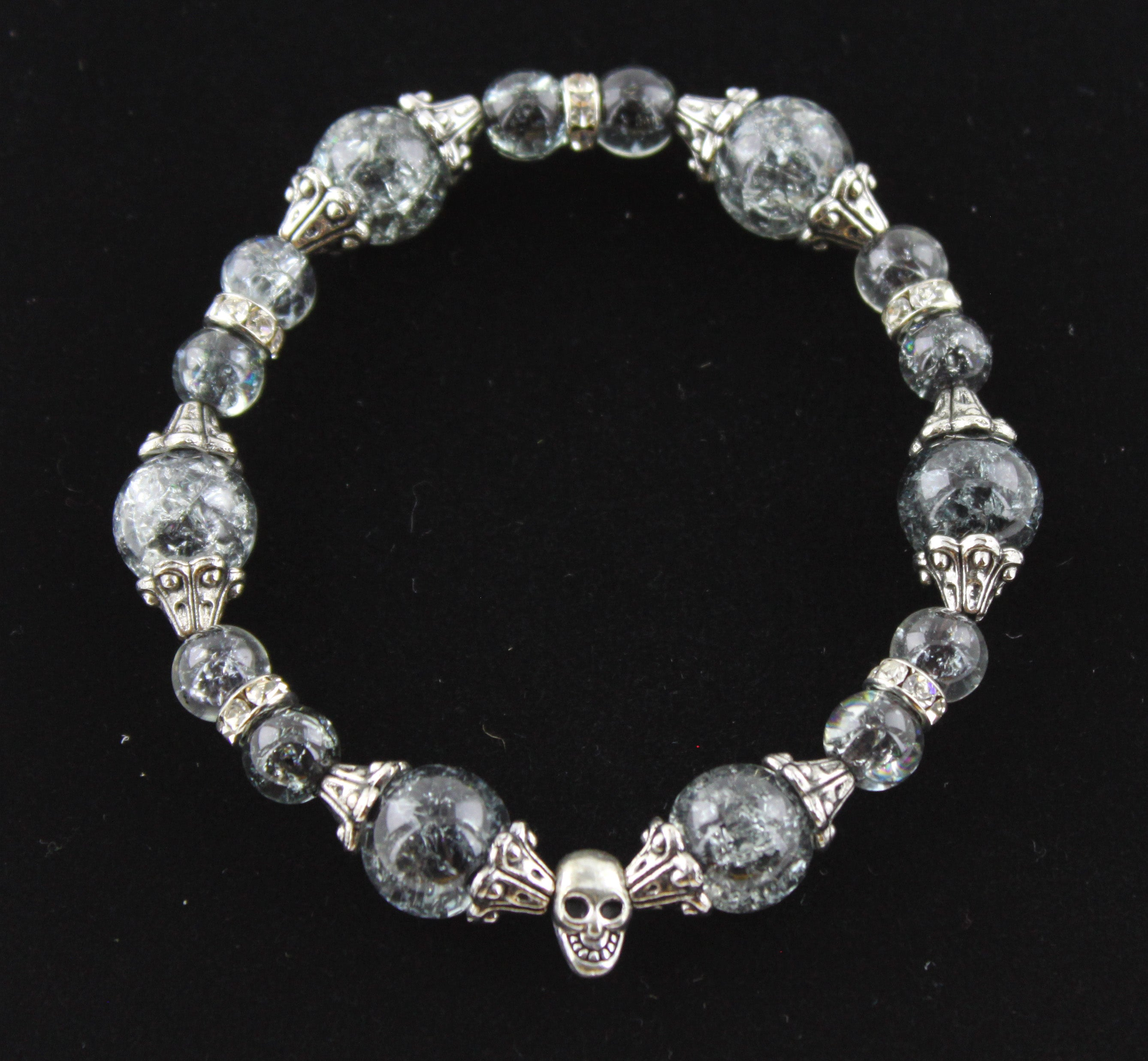 Single Skull Cracked Grey Glass Bead Bracelet