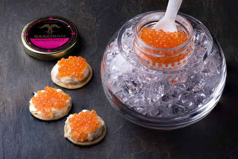 Caviar crystal dish usage example with real caviar