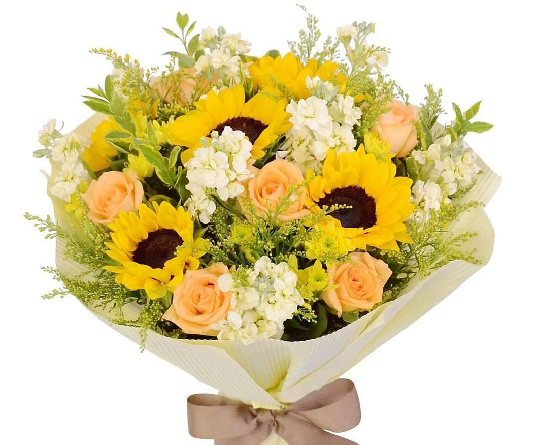 Cheerful sunflowers roses bouquet same day flower delivery melbourne cheerful sunflowers roses bouquet same day flower delivery melbourne izmirmasajfo