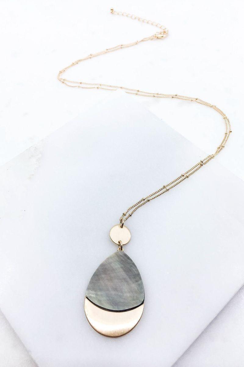 Gray pressed shell necklace