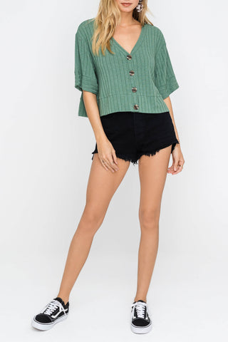 Mint ribbed button top