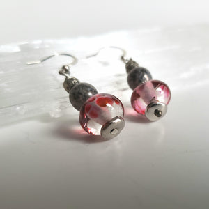 Vintage style earrings. Handmade from Murano glass. Ruby color and grey.