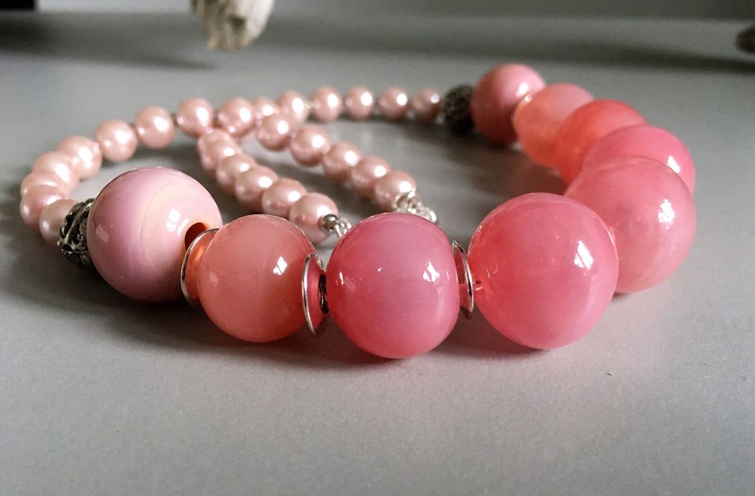 Necklace with Pink hand-blown glass beads