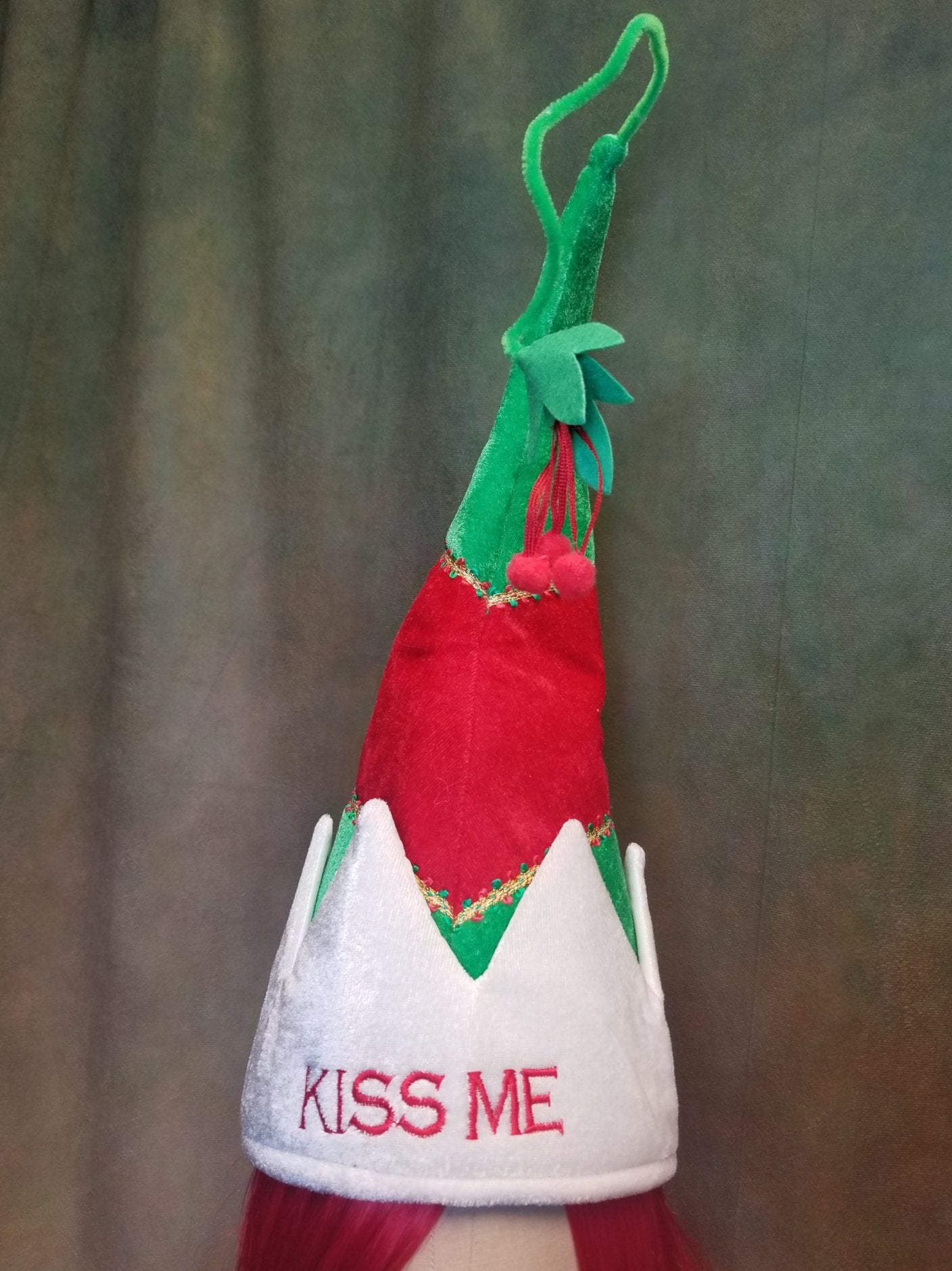 """Kiss Me"" Mistletoe Hat"