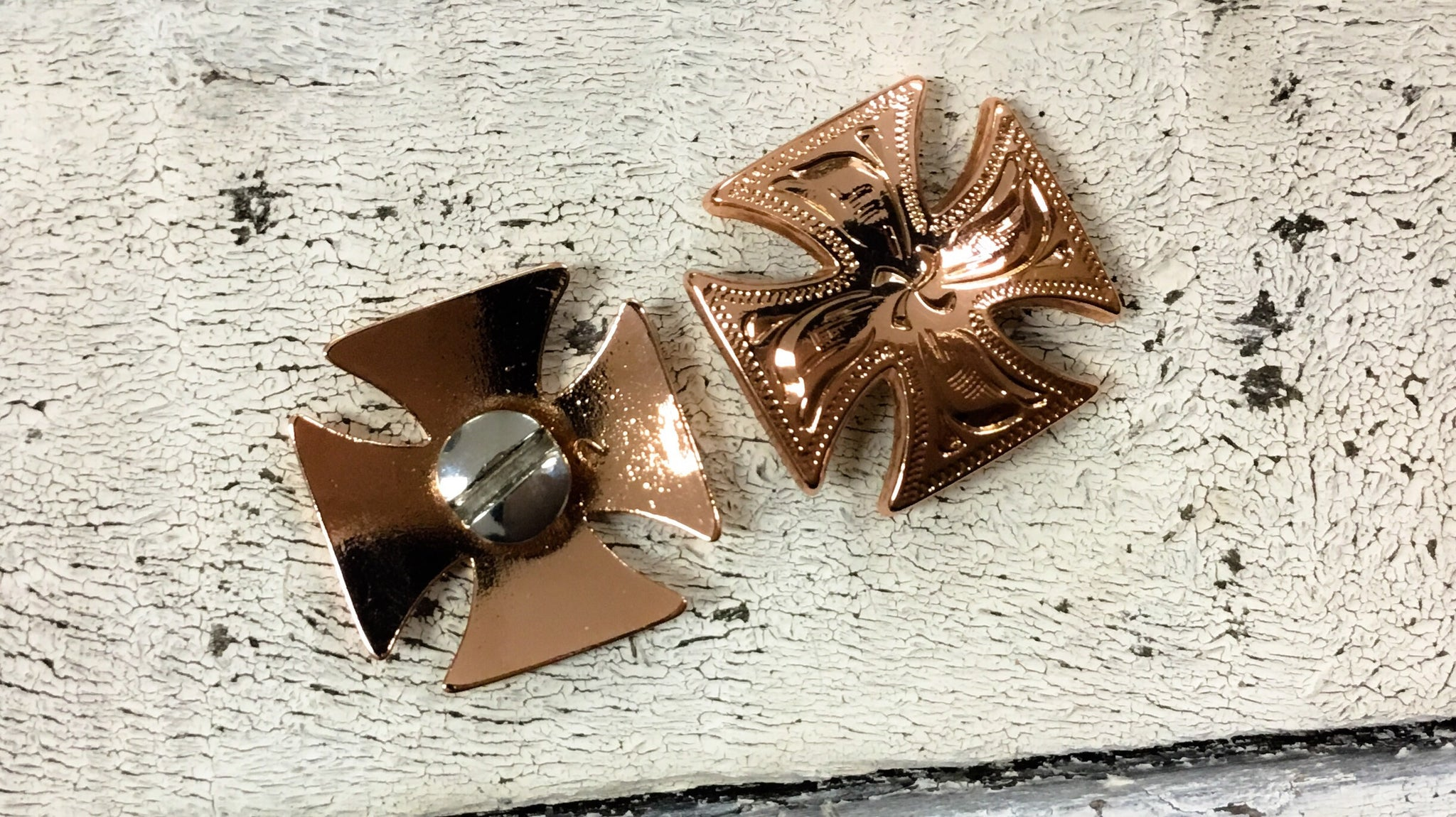 Medium Shinny Copper Cross Concho