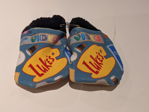 236-melissa's makes- Baby Shoes