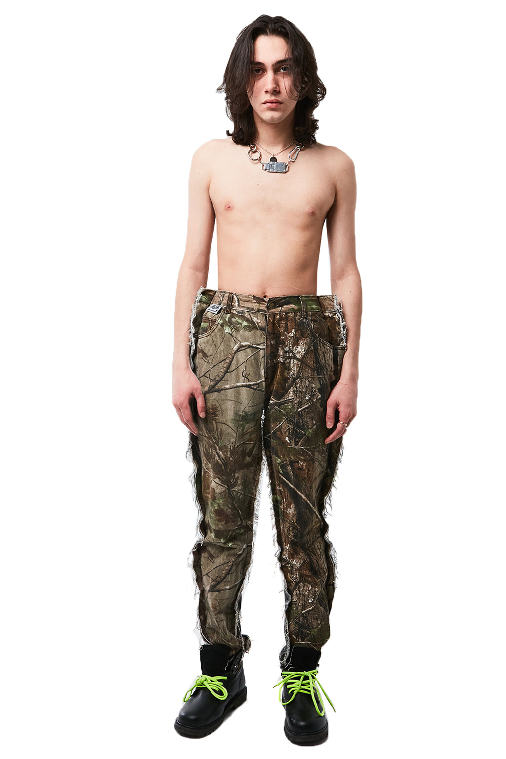 DOUBLE FRONT CAMO JEANS
