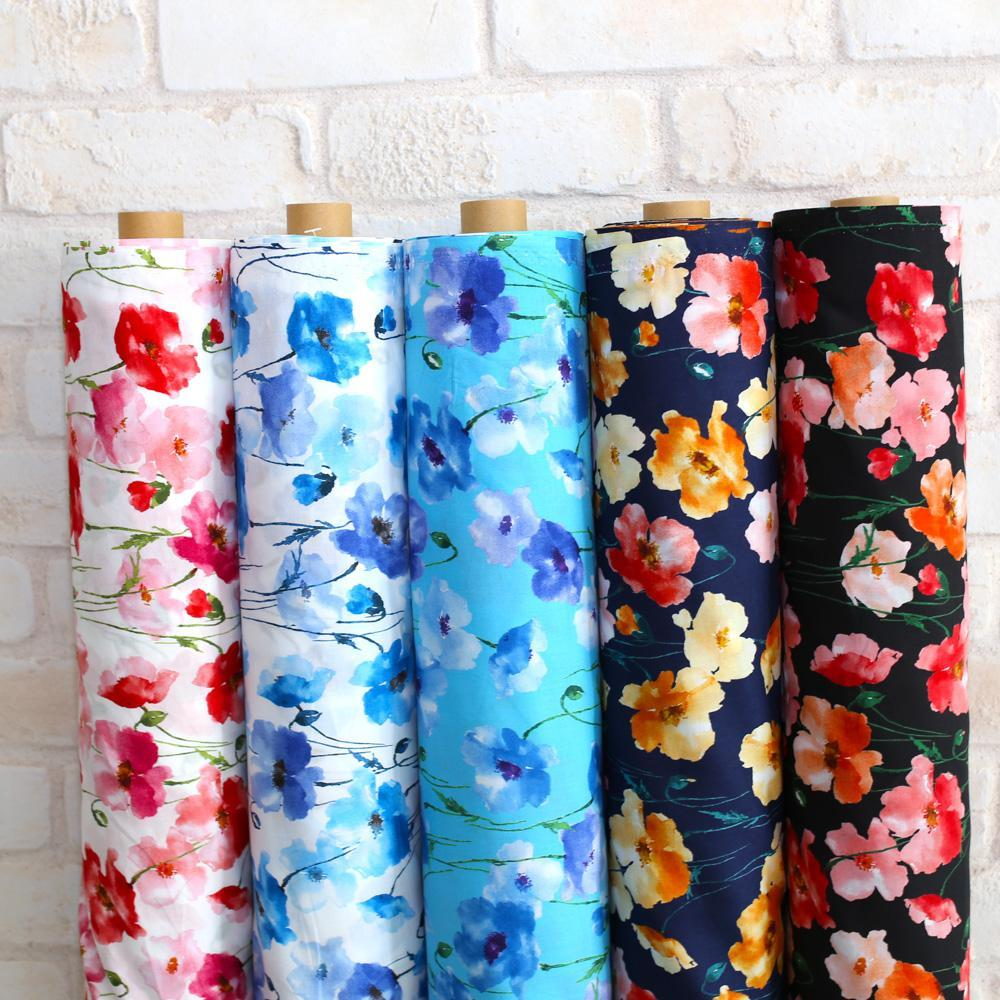 Kokka Floral 3 Large Flowers - Cotton Lawn - Black Red F - Fat Quarter