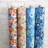 Kokka Floral 5 Large Daisies - Cotton Lawn - Light Blue E - 50cm