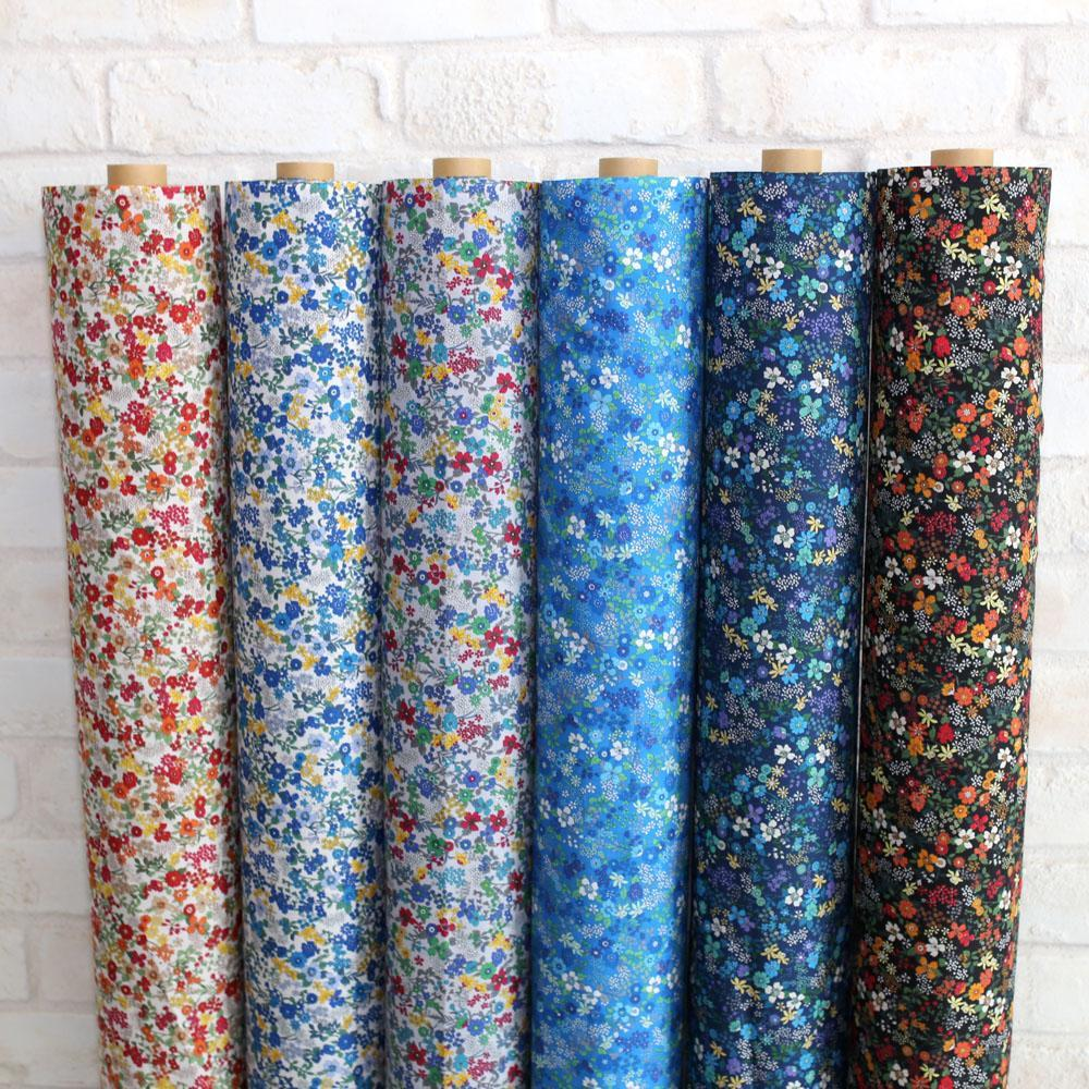 Kokka Floral 6 - Cotton Lawn - Grey Red D - Fat Quarter