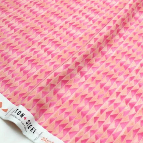 (chope) Cotton + Steel Once Upon A Time Little Mountain Knits - Rose - half yard - Nekoneko Fabric