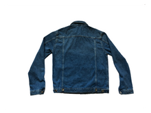 Load image into Gallery viewer, The back of the MeltingPot Jean Jacket showing the homing on great tailored jacket.