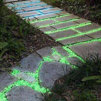 100pcs Glow in The Dark Garden Pebbles