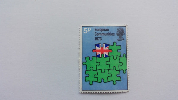 5p Stamps Mint Condition, Hinged