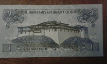 Load image into Gallery viewer, Bhutan 1 Ngultrum Banknote Serial Number I12140675 initials I
