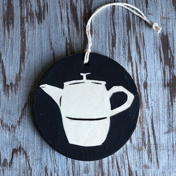 Chocolate/Ivory Tea Pot Ornament