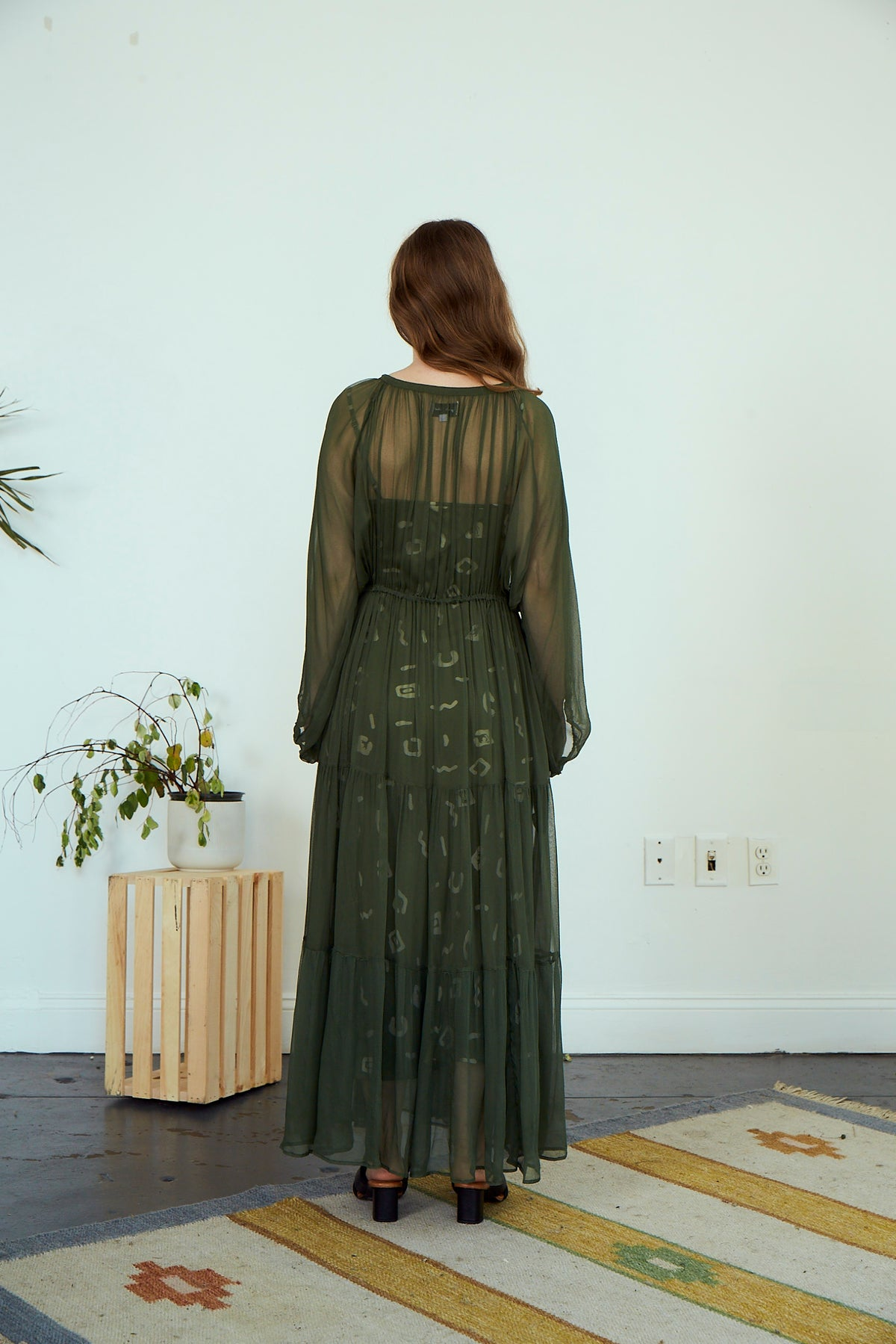 Frida Gathered Dress | Olive
