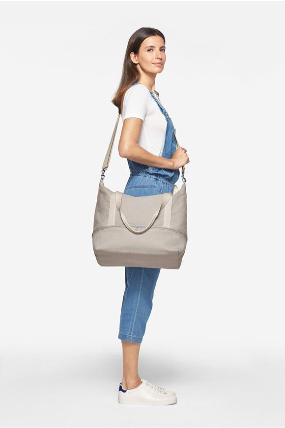 tall woman with Catalina Deluxe Tote - side view