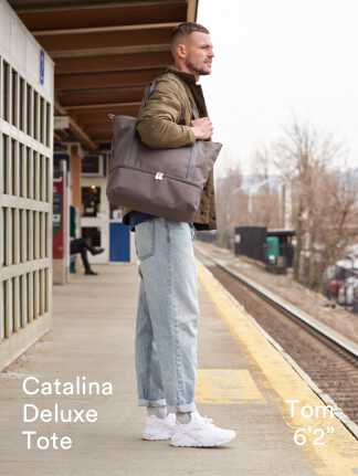 """Catalina Deluxe Tote - Tom is 6'2"""""""