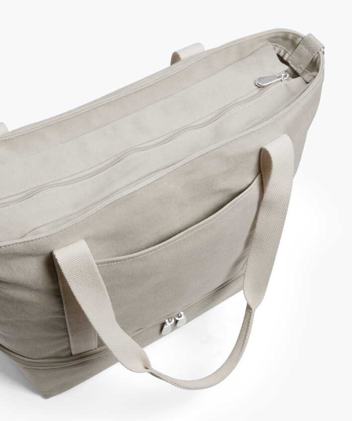 Catalina Deluxe Tote front slip pocket