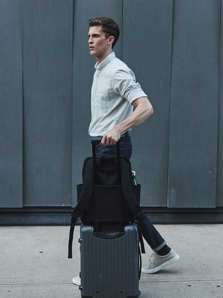 Hanover Deluxe shown on suitcase