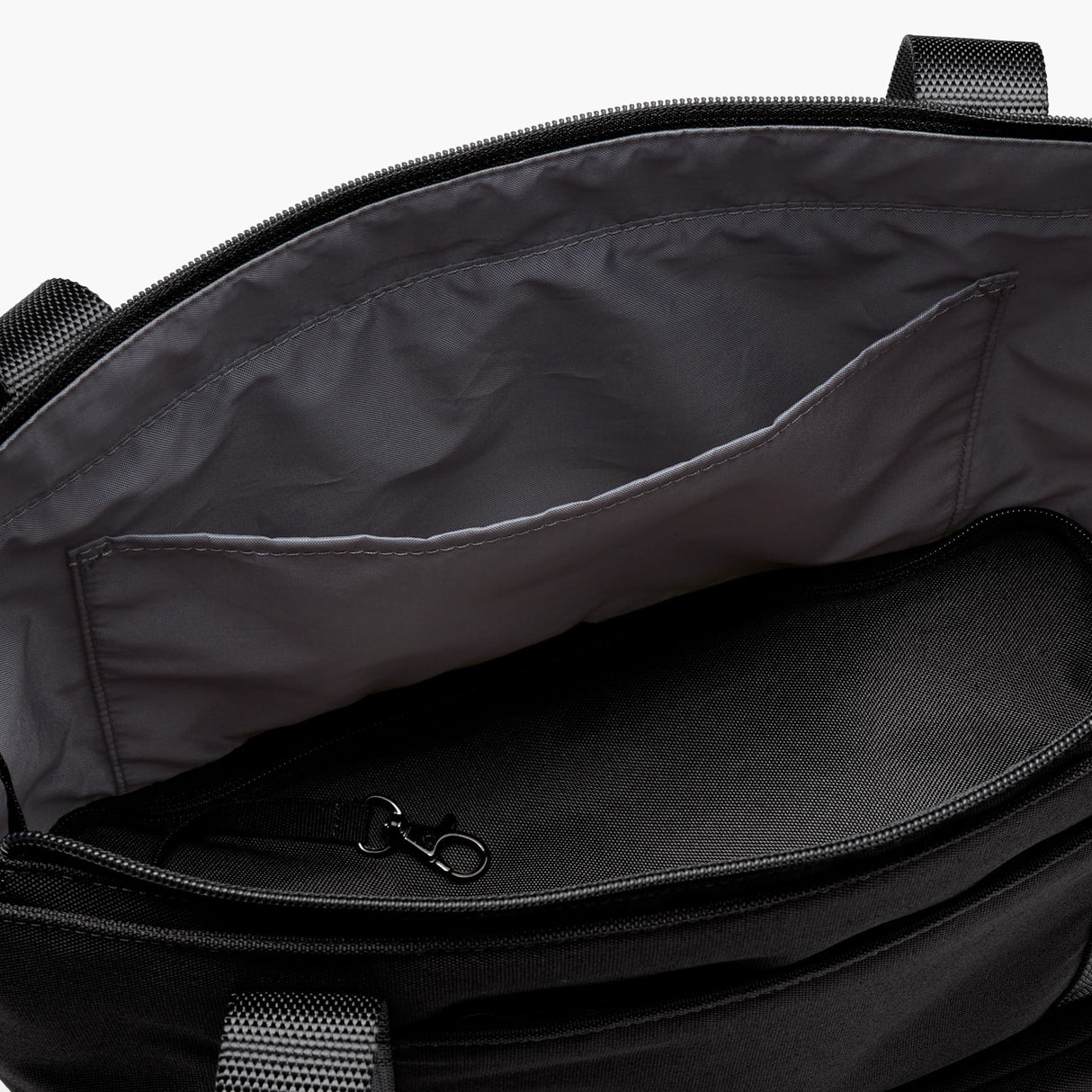 Interior Zipper Pocket - Catalina Day Tote - 600D Recycled Poly - Onyx - Tote - Lo & Sons