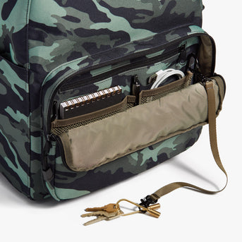 Front Pocket - Hanover Deluxe 2 - 600D Recycled Poly - Green Camo - Backpack - Lo & Sons