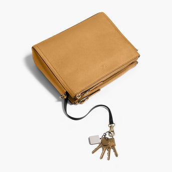 Key Leash - The Pearl - Saffiano Leather - Sand / Gold / Camel - Crossbody - Lo & Sons